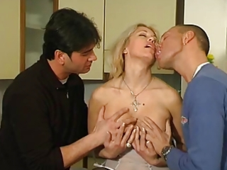 italian aged clarissa threesome