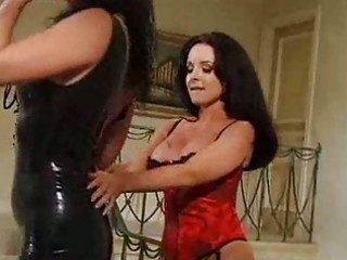kinky milf gets a bitch