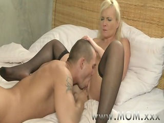 mama blonde milf&#1410_s and their paramours