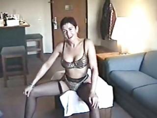 lustful milf hoe posing in sexy lingerie