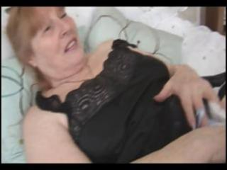 busty chubby granny rubs her hirsute vagina and