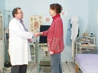 older amateur wife at pervy gyno doctor