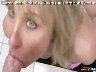 non-professional mamma - hornbunny.com