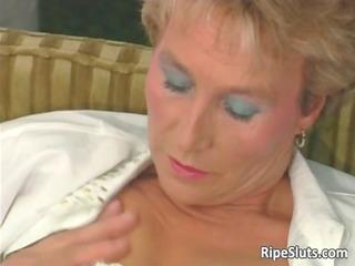amaizing hot large boobed older blonde