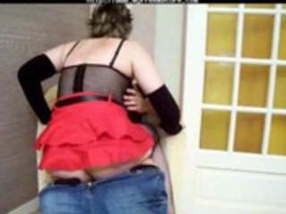 couple dilettante francais dans leur salon mature