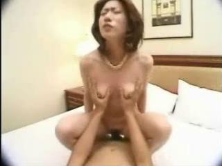 curly oriental milf sucks and bonks