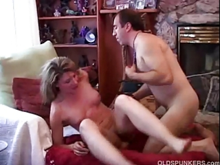 very hot older amateur can to fuck