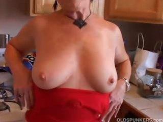 very hawt grandma has a soaking soaked fur pie