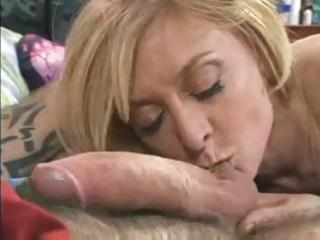 mature slut nina hartley can to take up with the