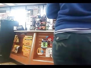 candid public women in constricted jeans - clip 7