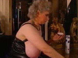 granny susanne get willing