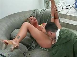breasty milf bridgette monroe gets warmed up and