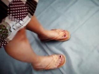 feet aged