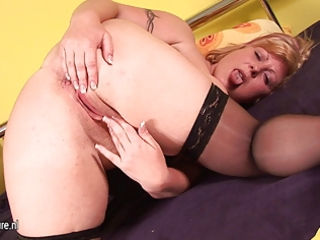 chubby mama alex jerk off alone