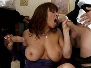 devon michaels lusty mommy doing a face hole job