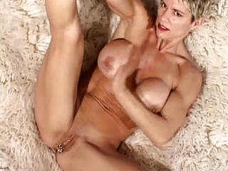 breasty mother i with 19 pussy piercings