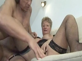 blonde shorthair large beautiful woman-granny