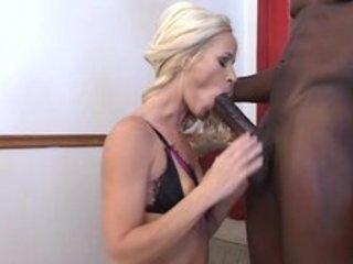 chocolate lovin mammas - scene 11