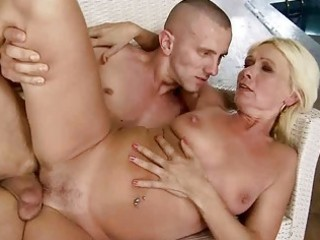 hot granny fucking with her young boyfriend