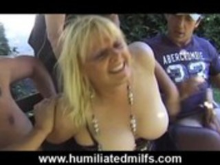 older gilf whore receives piddled on