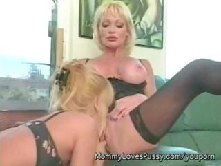 golden-haired breasty d like to fuck houston with