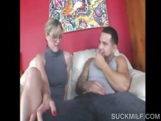 blond mother i sharing penis in threesome