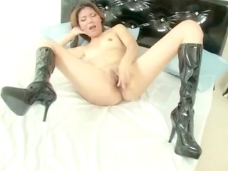 oriental d like to fuck toy fucking solo