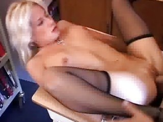 blond mother i fucking in the classroom